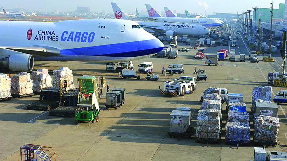 Int'l travel stagnant, cargo demand solid : Airlines' group