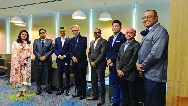 British High Commissioner meets EBL officials to discuss investment issues