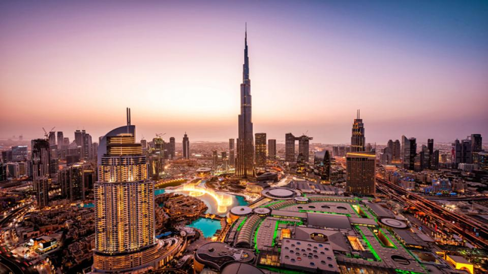 Emirates provides complimentary hotel stay for passengers