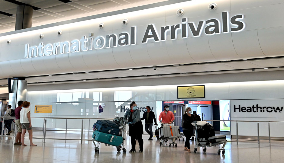 Heathrow urges UK to open up travel following USD 4b loss