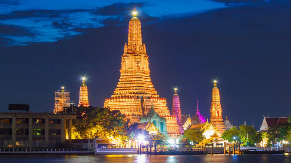 Thailand considers waiving  quarantine for COVID-19 vaccinated tourists