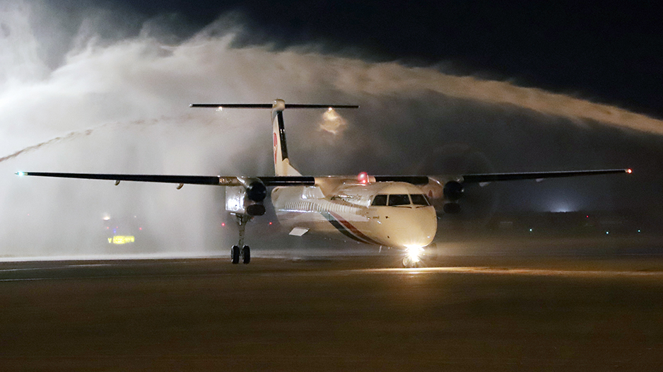 Biman's second Dash 8Q-400 arrives in Dhaka
