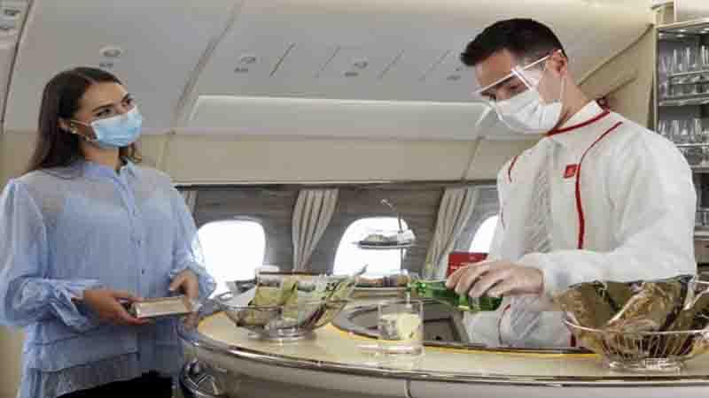 Emirates resume signature onboard service