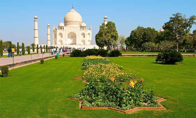 India opens to fully inoculated Int'l tourists